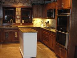 lodge-kitchen-oven