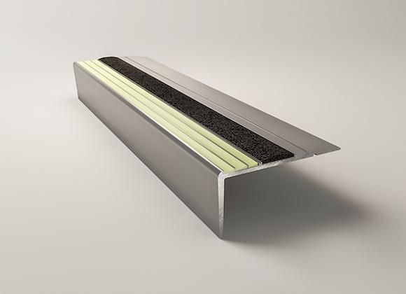 10-68-ЭКО-071 Стандартная угловая накладка (оковка) на ступень