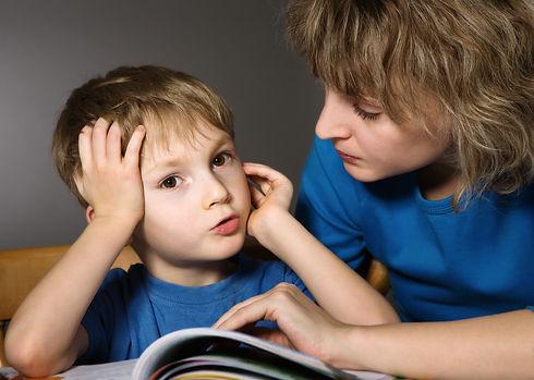 мама-разговаривает-с-ребенком.jpg