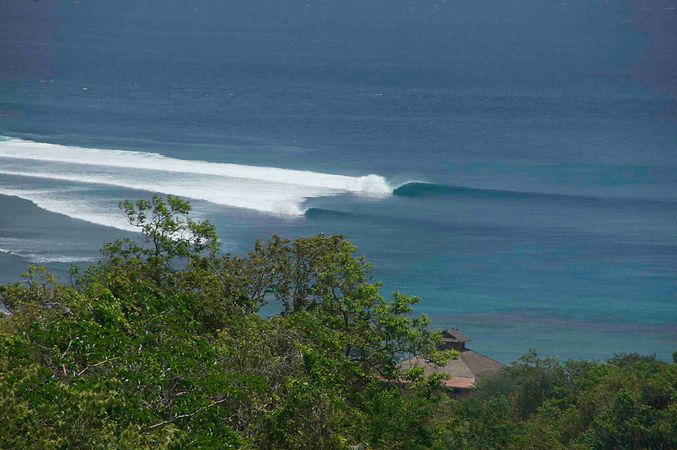 supersuck, maluk, accomodation, sumbawa, surfing, hotel, indonesia,surf west sumbawa, maluk house, surfing west sumbawa