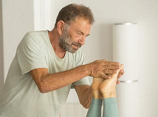 Hatha yoga con Ian Lewis en Hara yoga Barcelona