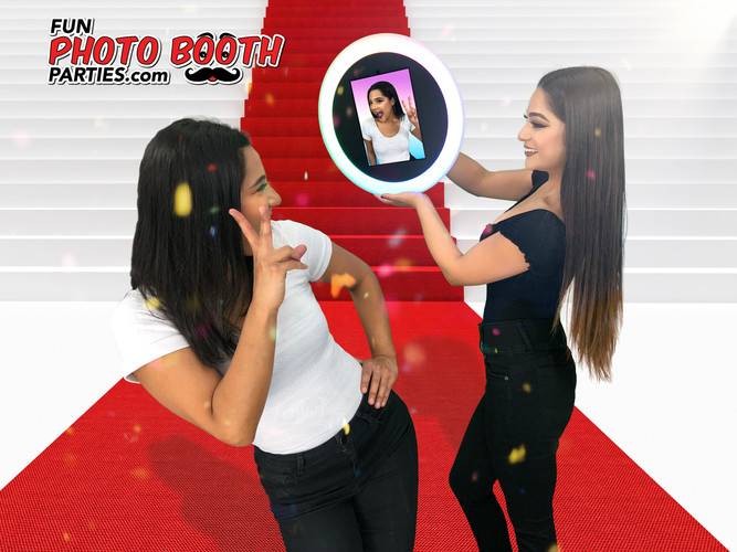 Ring Roamer-Mobile Photo Booth Fort Lauderdale Miami South Floridaamer-Mobile Photo Booth6.jpg