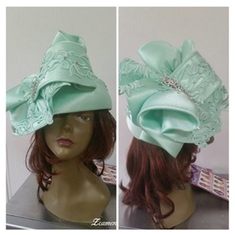 #28 Mint green (One of a Kind) embellished pillbox.
