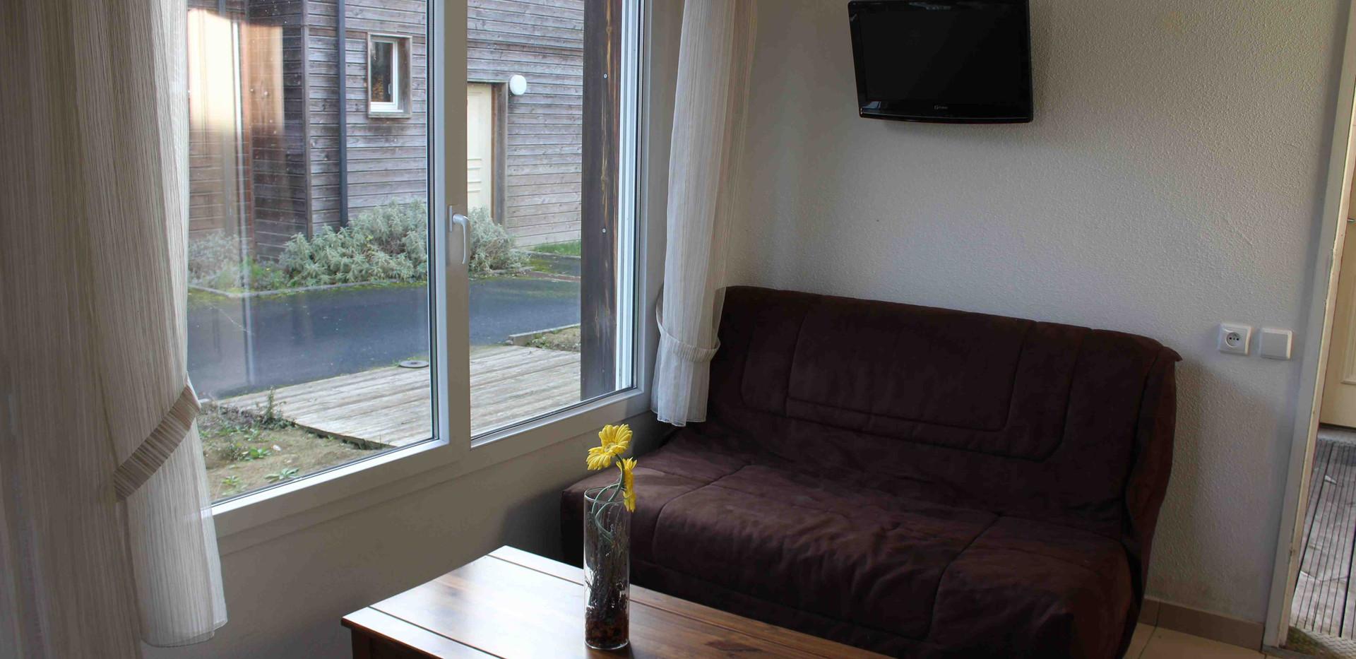 Appartement T2 - 2 pers - Séjour - Location vacances Gers - Domaine de Saint Orens