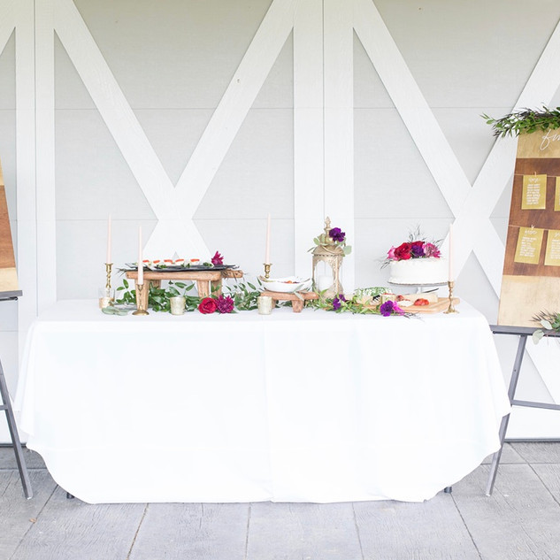 Photo credit: Molly Thomas Photography  Venue: Sunflower Hill Farm Catering: Chef Lee