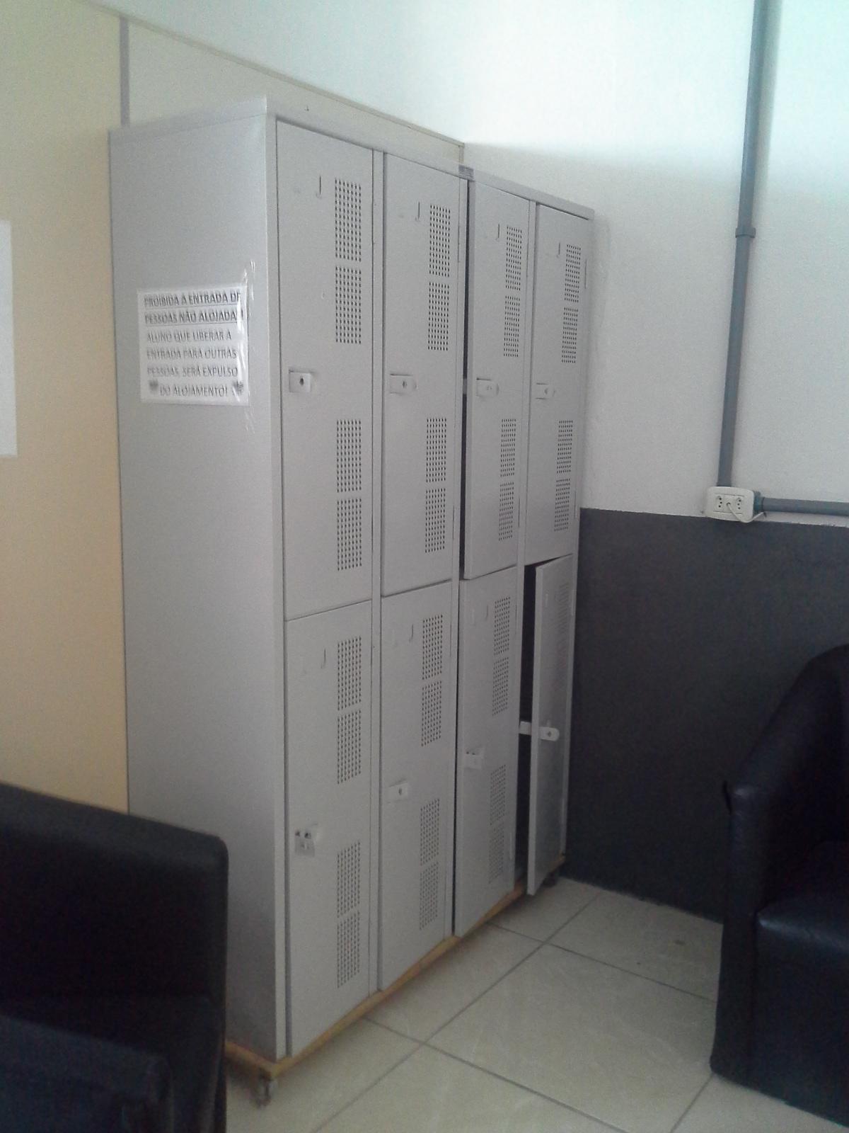 armários_alojamento