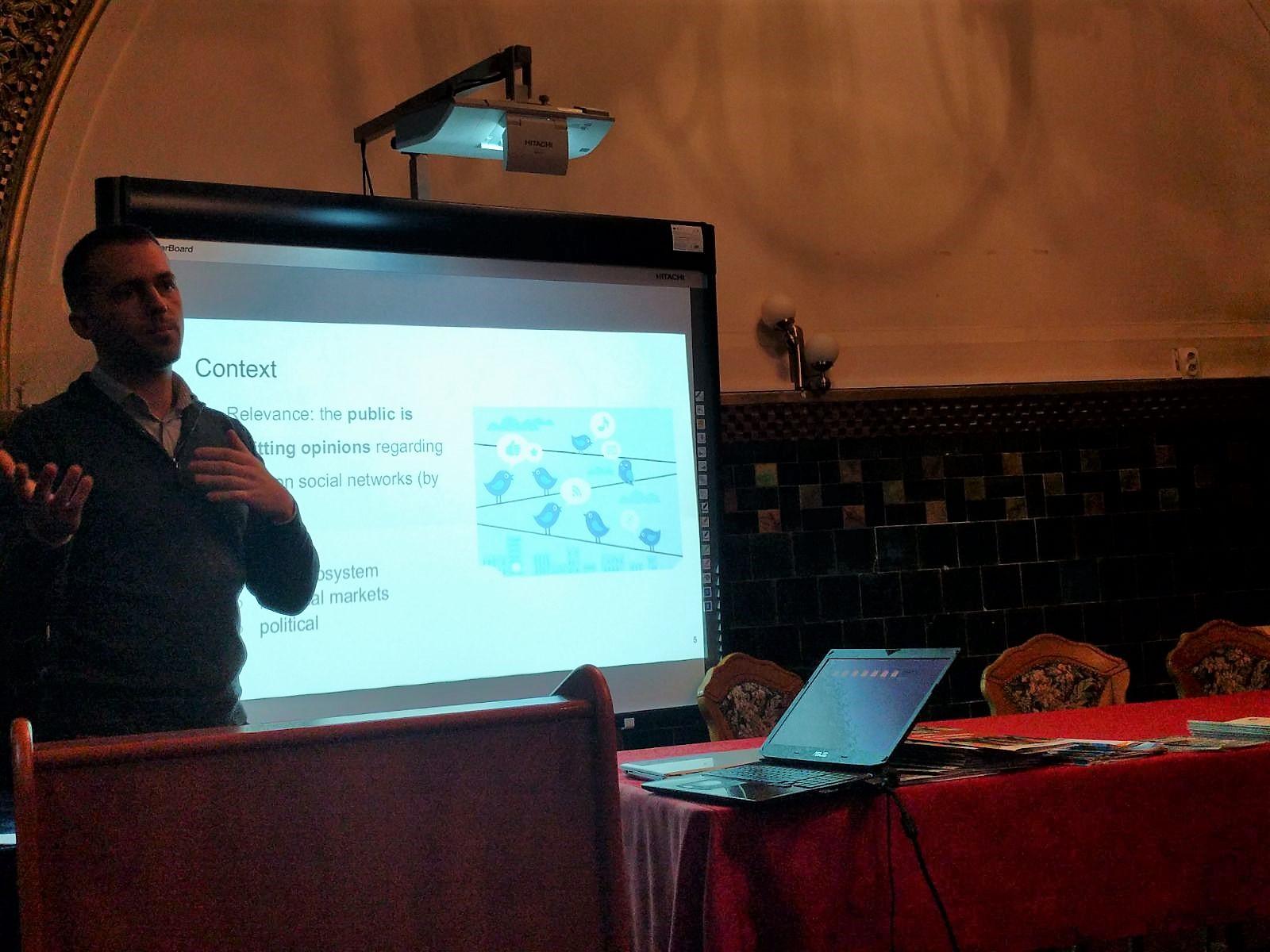Mircea Moca SynergyCrowds - DigiHubb 2017 BirdieBlue