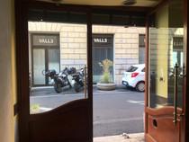 VENDITA LOCALE C/1 Roma Centro Storico Rione S. Eustachio, mq. 20,         €. 200.000