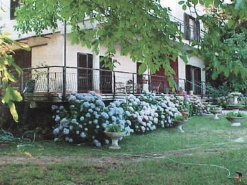 VENDITA, Villa Nemi Via dei Laghi 360 mq + 120 mq., € 225.000