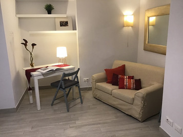 AFFITTO Centro Storico, Rione Monti monolocale mq. 35 € 750