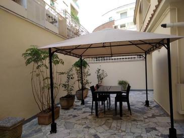 AFFITTO Roma Parioli - Via Archimede                65 mq+ terrazzo mq. 50, €. 950