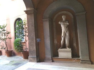 AFFITTASI trilocale Centro Storico , Piazza Margana mq. 130 € 2.000