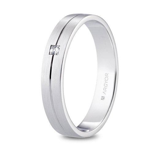 Alianza de platino 4mm satinada con diamante princesa