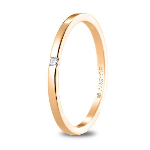 Alianza de boda de oro rosa con diamante