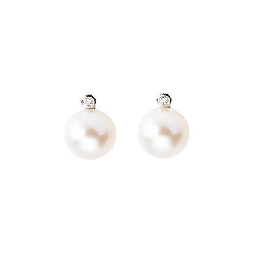 Pendientes de plata con perla.