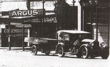 EJ Hamilton LLB Drouin 1930.jpg