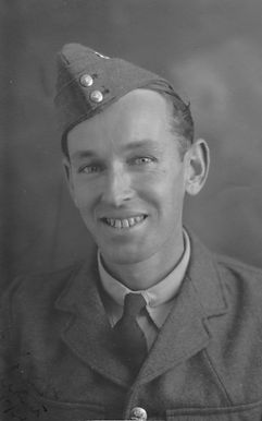 May Arthur October 1934.jpg