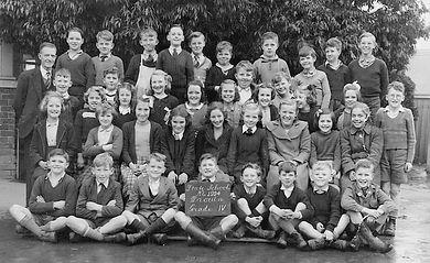 3. Drn Primary School Grade 4, 1950..jpg