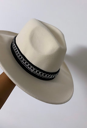 Carlo Hat