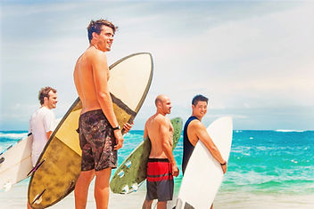 group%20of%20surfers%20on%20a%20beach_ed