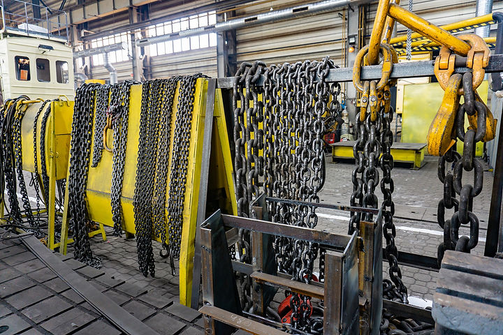 Chain for the crane on the rack, cargo s
