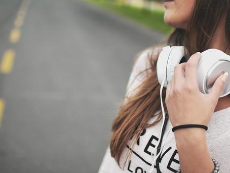 É possível ser feliz estando sozinha?