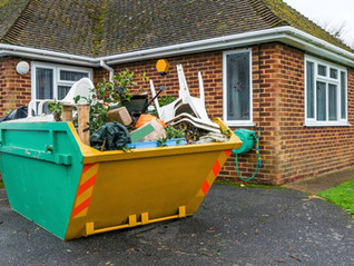 Choose The Junk Removal Pros Over Renting A Dumpster