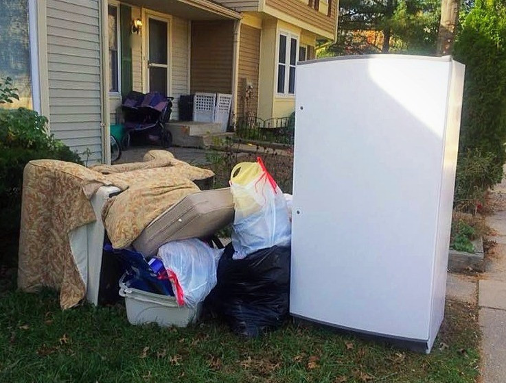 Junk Removal-The Junk Removal Pros-Clarksburg, MD