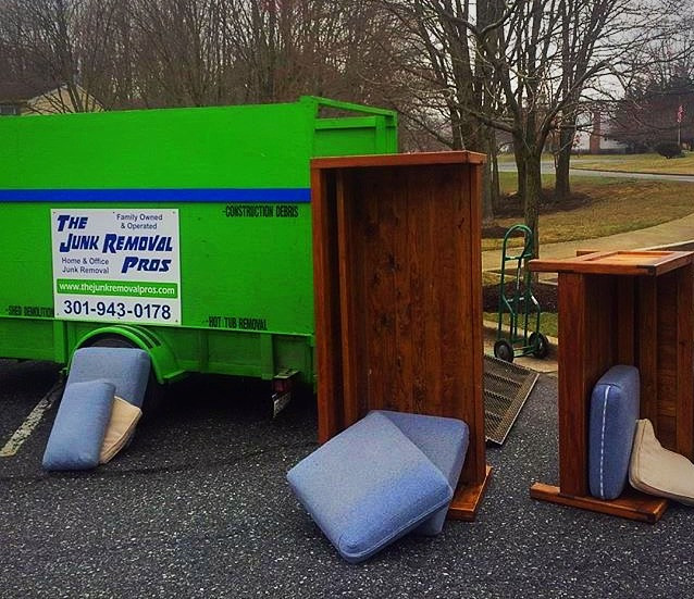 Furniture And Appliance Removal With The Junk Removal Pros