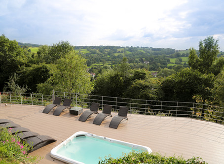 Top 10 locations for a Derbyshire Countryside Hen Do.