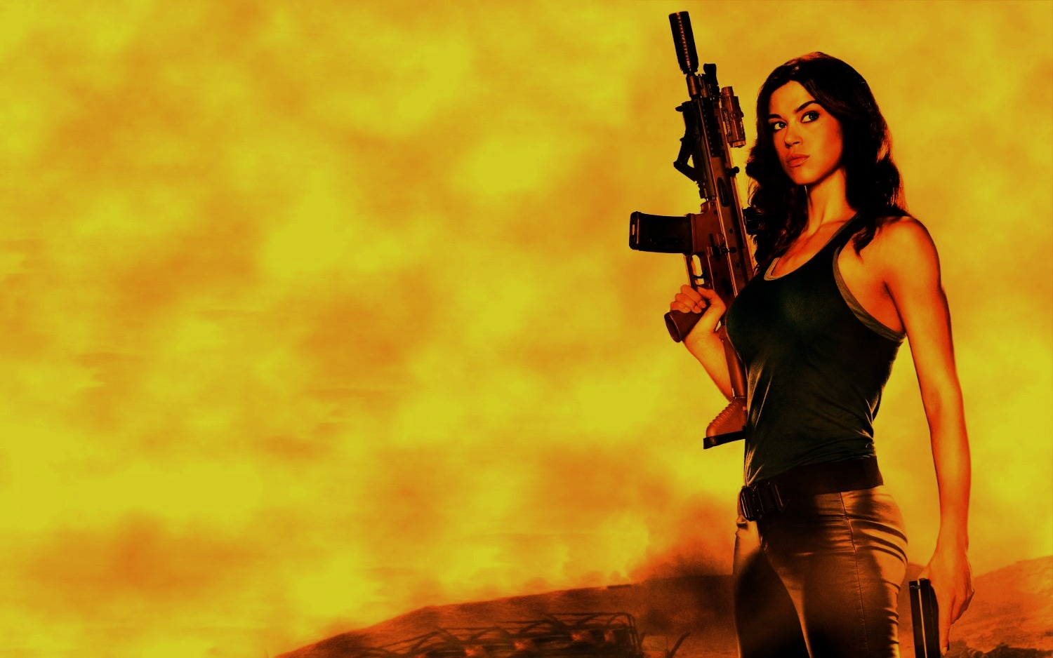 girls-with-guns-hd-wallpapers-11_edited_edited
