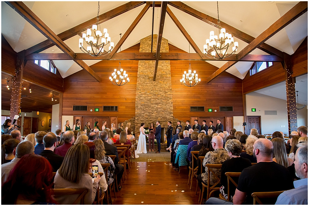 wedding ceremony inside Innsbrook Resort