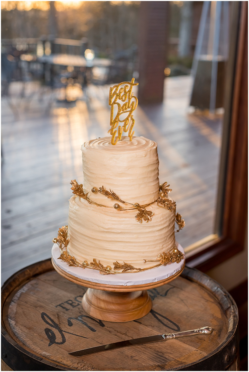 wedding cake, gold adornments, best day ever