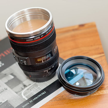 Travel Lens Cup with tea