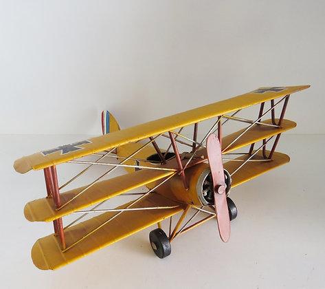 Avião Ferro Amarelo