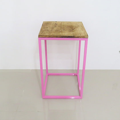 Mesa Cubo Vazado Rosa 3