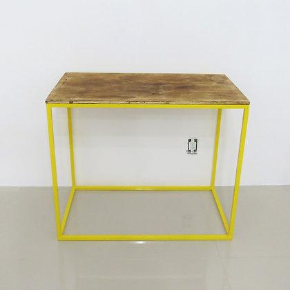 Mesa Cubo Vazado Amarelo 1
