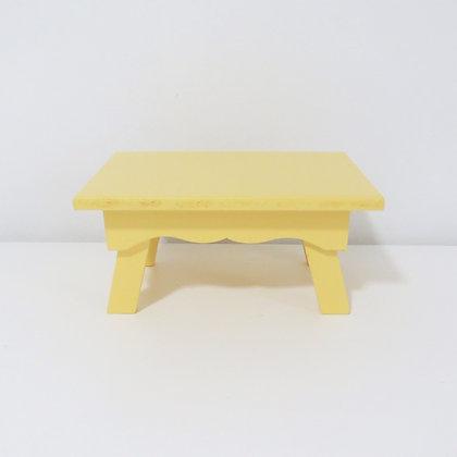 Banco Rococó Amarelo Claro P