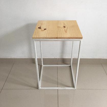 Mesa Cubo Vazado Branco 3