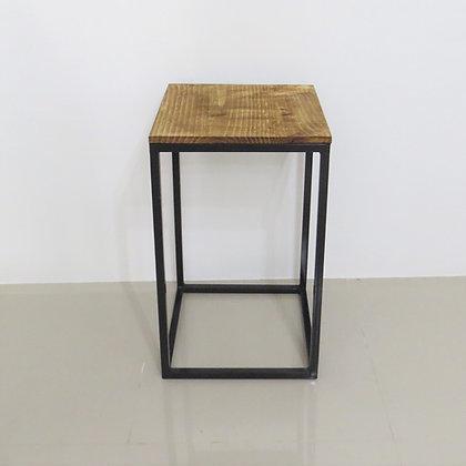 Mesa Cubo Vazado Preto 3
