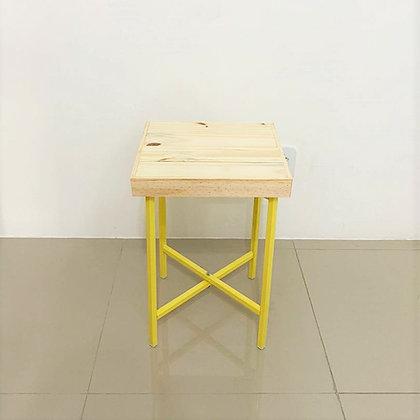 Mesa Cubo Desmontável Amarelo Candy PP