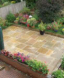 A cleaned Indian Sand stone pation By Surfae Clean Banbury