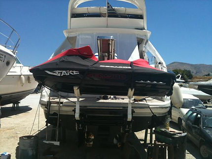 Fairline 48 Greece.jpg