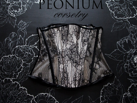 Peonium – Love Affair with Corsets