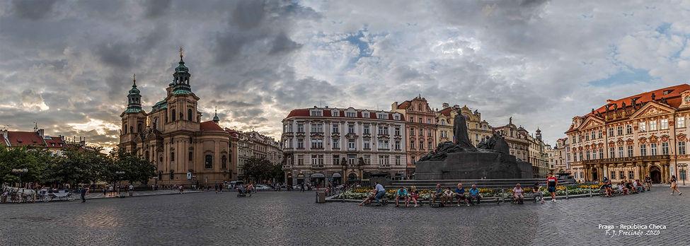 pol-Panorama_plazaw.jpg