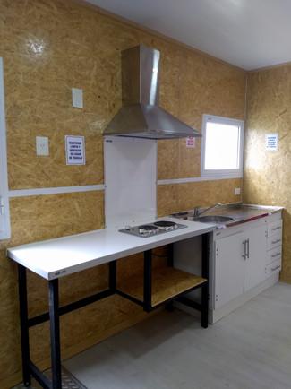 Mesadas y cocina.jpg