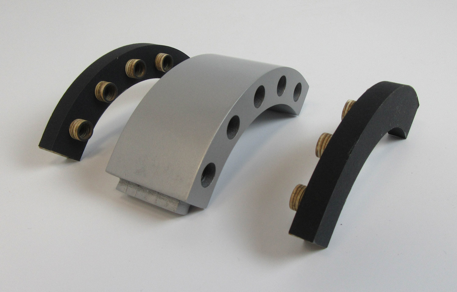 Extruded Aluminum Connector Elbow with Plastic Channels