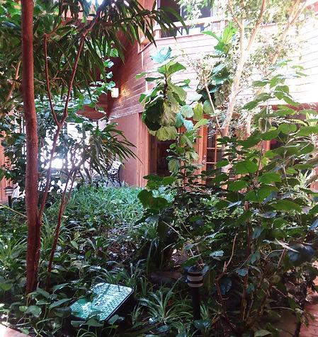Indoor garden for office