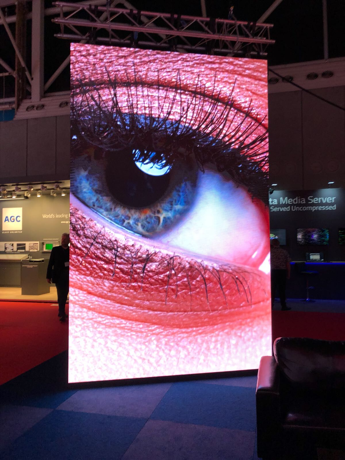 digiTILE at ISE (1)_preview