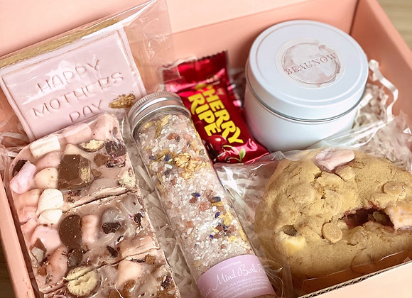 Mother's Day Gift Box (1)